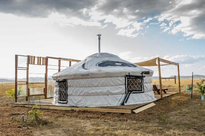 colorado glamping yurt